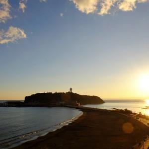 夕日と江ノ島