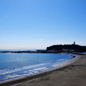 江ノ島と海