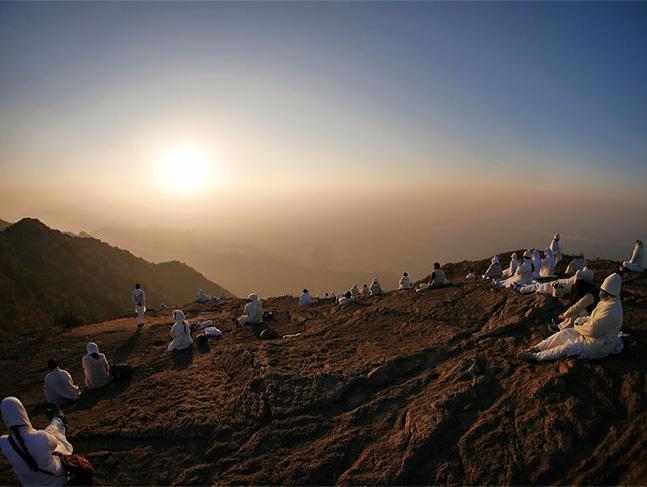 インド・マドバンでの瞑想風景の写真